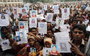Bangladesh, lavoratori del tessile. Rana Plaza, quattro anni dopo