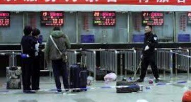 Cina, accuse ai separatisti uiguri Xi: «Colpiremo con durezza»