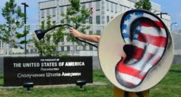 Snowden alla Ue: «Gli Stati uniti vi hanno trasformato in un bazar»