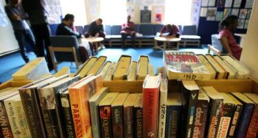 Londra, niente libri ai detenuti il divieto che indigna gli scrittori