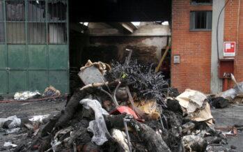 Strage di Prato, cinque arresti ci sono anche gli italiani proprietari dei capannoni