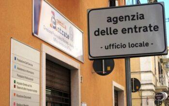 Fisco, recupero record. Renzi: «80 euro anche alle partite Iva»