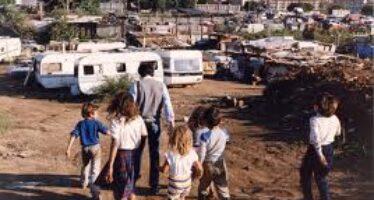 Cambiare politica sui rom
