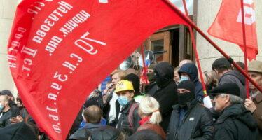 Ucraina, tocca all'Est In nome di Mosca all'assalto di Donetsk