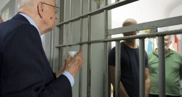 """""""No ai boss al Quirinale l'istituzione va tutelata"""" I legali: processo nullo"""