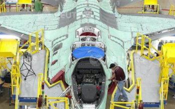 Governo «impegnato» a tagliare gli F35