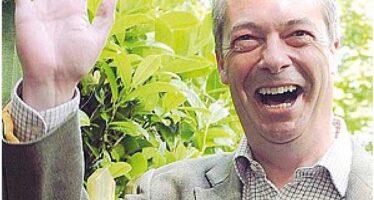 Arriva il terremoto Farage La vittoria degli euroscettici scuote la Gran Bretagna