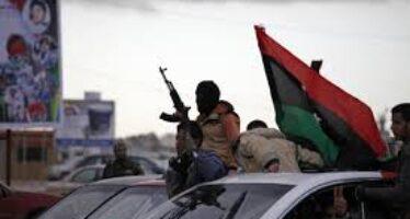 Libia nel caos, attacco al Parlamento