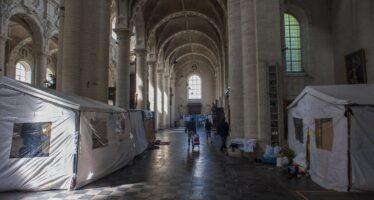 La via crucis dei profughi nel cuore dell'Europa
