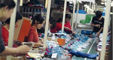Nella fabbrica di Adidas e Nike dove la Cina ha imparato a scioperare