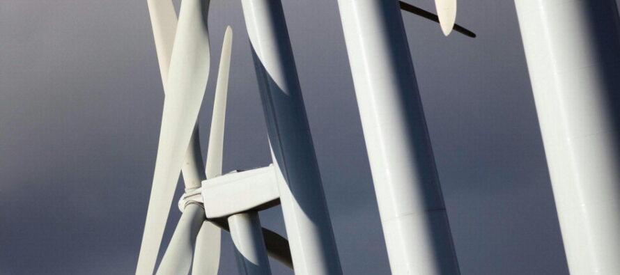 Mani cinesi sull'energia europea L'eolico inglese al colosso nucleare