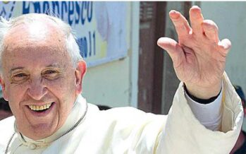 """Lavoro, monito del Papa """"La vita della famiglia mai ostaggio del profitto"""""""