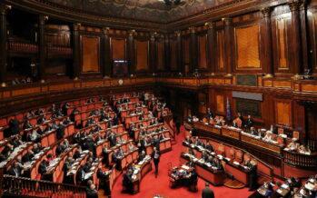 Immunità, resta per il Senato ma spetterà alla Consulta votare sull'autorizzazione