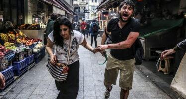 Gezi park. Tra i ribelli turchi armati di libri contro i blindati