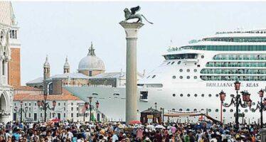 L' Unesco contro le grandi navi «Pronti a declassare Venezia»