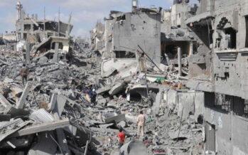 Gaza, inferno di bombe 120 morti in un giorno Due milioni senza luce