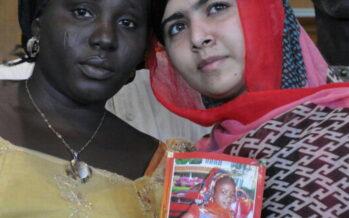 """""""Io sono vostra sorella"""" Malala in Nigeria per le ragazze rapite"""