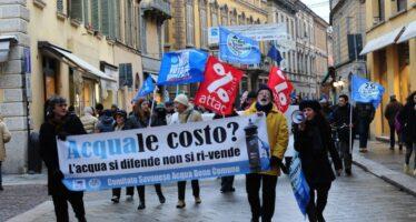 Acqua, quanto ci costi dalle Alpi alla Sicilia tariffe quasi raddoppiate
