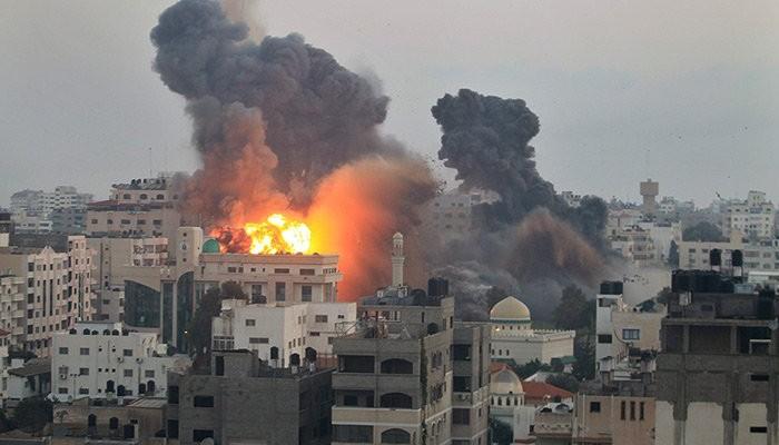 un bombardamento a Gaza