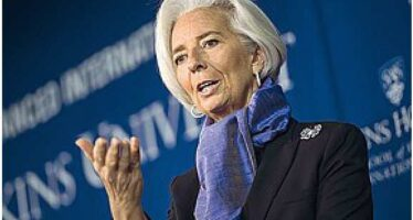 Lagarde indagata: «Non penso a dimettermi» Accusa di negligenza nel caso Tapie I fatti risalgono al governo Sarkozy