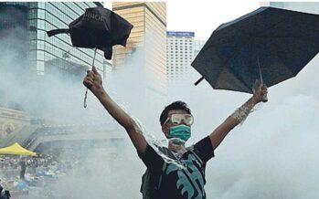 «Disperdetevi o spariamo» La repressione di Hong Kong