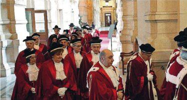 Magistrati e politica, le urla e i silenzi
