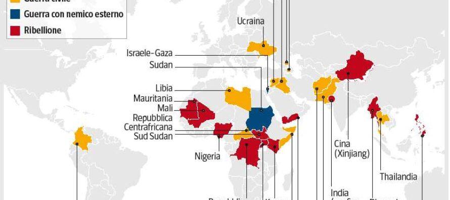 Il Papa: crimini e distruzioni, ogni guerra è una follia