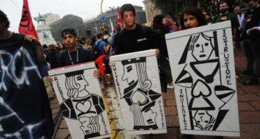 Milano, la città «capitale» della protesta: ieri gli studenti, oggi i «NoExpo»