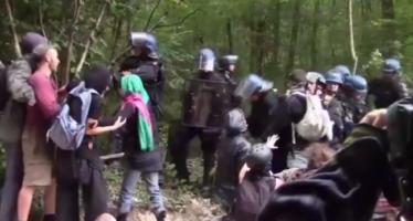 Francia, manifestazione anti-diga. Muore un ragazzo di 21 anni