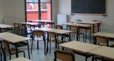 "Dispersione scolastica al 23%, in ""fuga"" soprattutto i maschi"