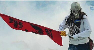 Turchia, morti e caos in 30 città La rabbia dei curdi contro Erdogan