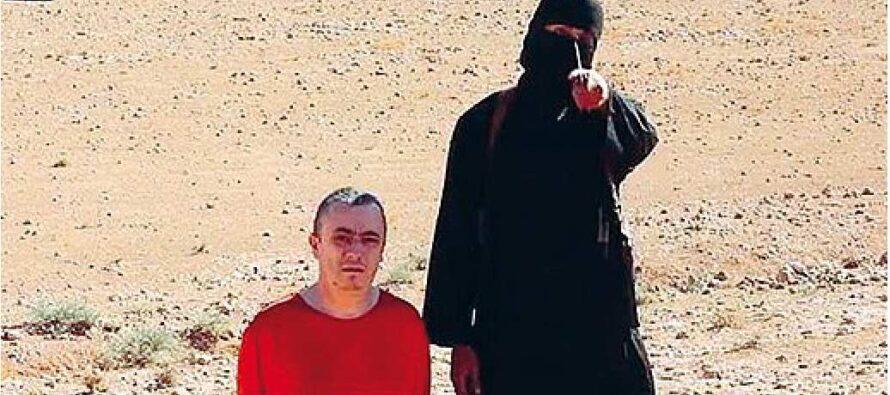 """Missili su Jihadi John """"Ucciso il boia"""" I droni Usa colpiscono la fortezza dell'Is"""
