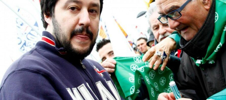 Lega Nord. Milano, l'invasione dei razzisti vecchi e nuovi