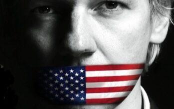 Julian Assange: perseguitato per aver portato alla luce i crimini di guerra Usa
