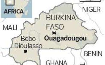 Fugge l'uomo forte del Burkina Faso
