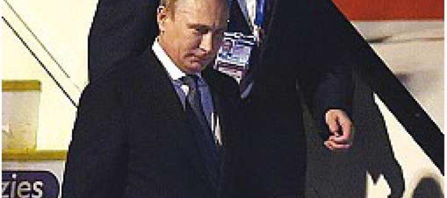 Al G20 arriva Putin e si fa scortare dalle navi da guerra
