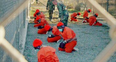 Guantanamo, per chiuderlo Obama chiede aiuto al Vaticano