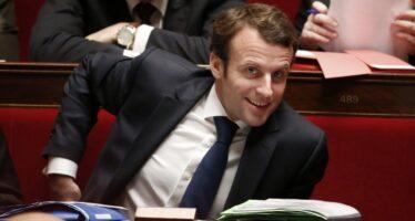 Francia, prove di suicidio a sinistra
