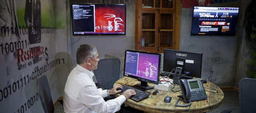 """La """" guerra cibernetica """", spiegata"""