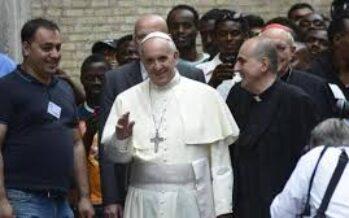 Il Papa apre i conventi a 15mila profughi