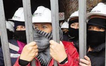 """La resistenza dolce delle Marie del Sulcis """"Così occupiamo la nostra miniera"""""""
