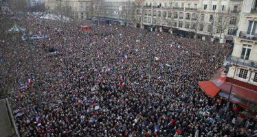 """Due milioni in piazza nella grande marcia contro la paura """"Parigi capitale del mondo"""""""
