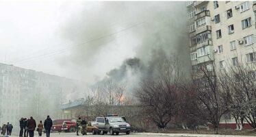 I ribelli filorussi all'attacco in Ucraina Monito della Mogherini al Cremlino