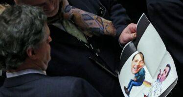 """L'ira di Berlusconi contro l'avversario """"traditore"""" """"Deluso da Letta e Verdini ma sul Nazareno non rompo"""""""