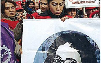 Giovane uccisa Le donne turche sfidano Erdogan