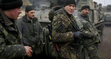 Londra sfodera i muscoli e invia soldati in Ucraina