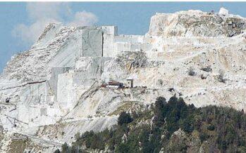 Da risorsa a minaccia al paesaggio La Toscana alla disfida del marmo