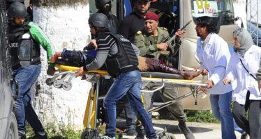 Tunisi, terrore e sangue attacco al museo 4 italiani tra i 22 morti