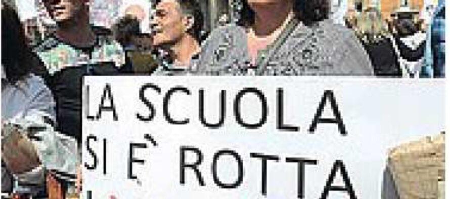 La scuola si ferma, tutti i sindacati contro le nuove regole