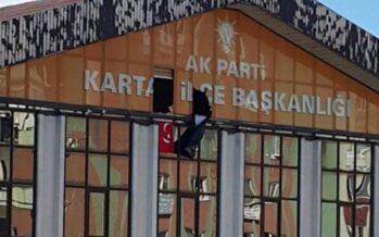 Kamikaze contro la polizia a Istanbul Ancora sangue nel giorno del lutto